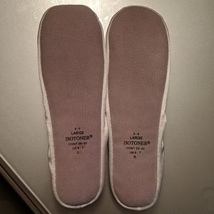 isotoner Shoes - Satin slippers